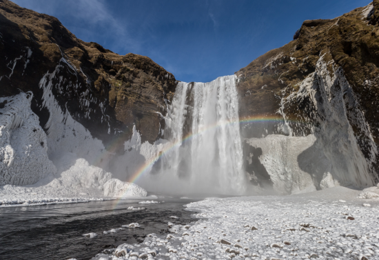 Stunning natural scenes await you in Iceland.